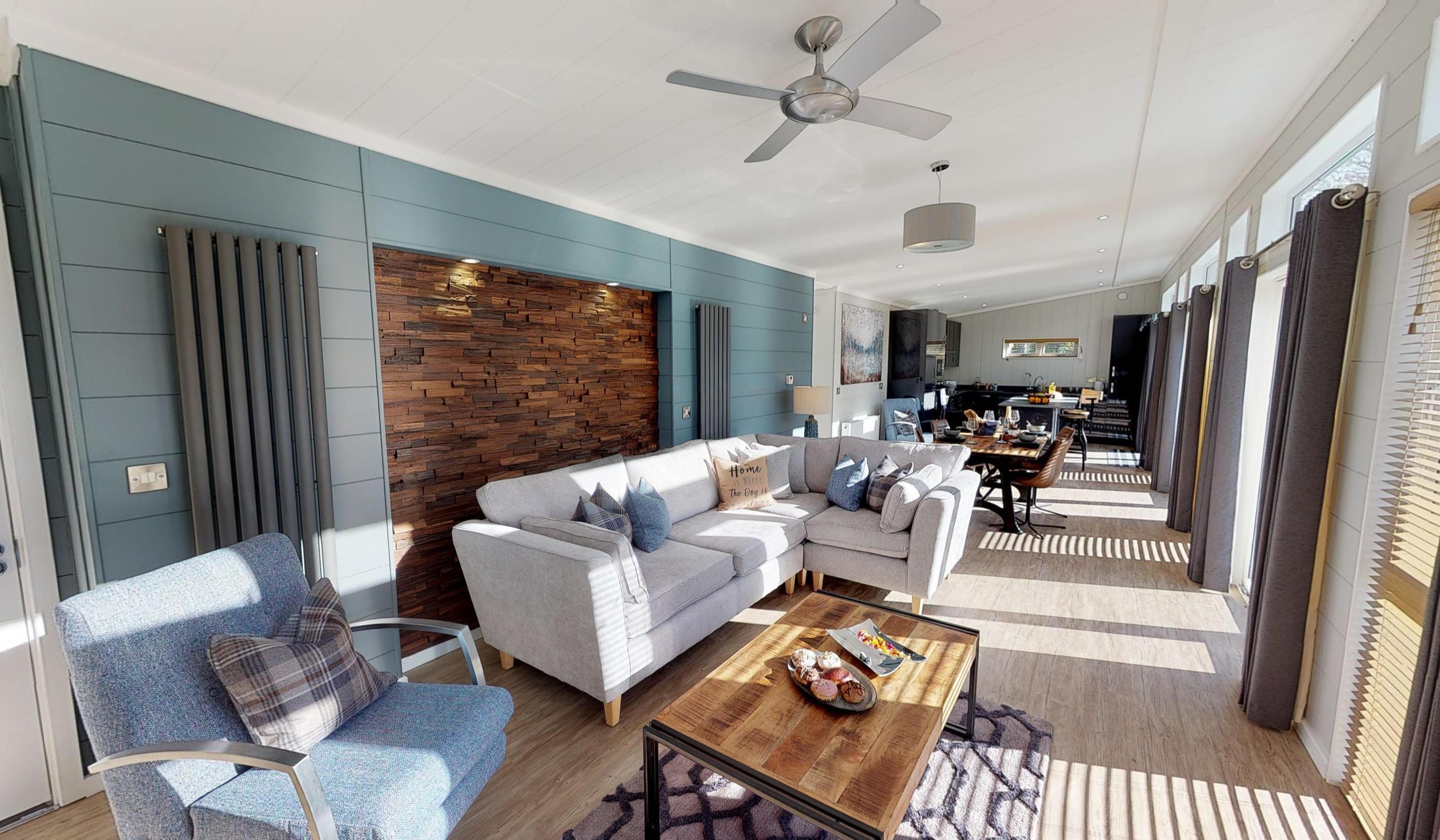 Tingdene-Havana-Centre-Lounge-at-Ogwen-Bank-10252019_091427
